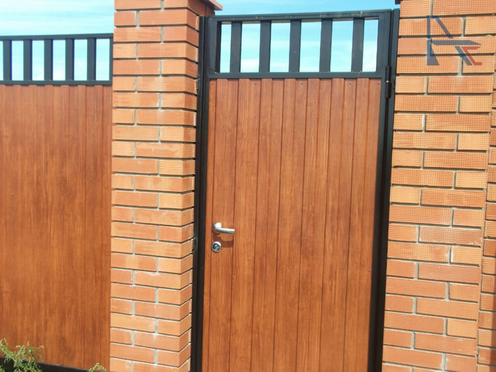 откатные-ворота-очищенные-1024x768