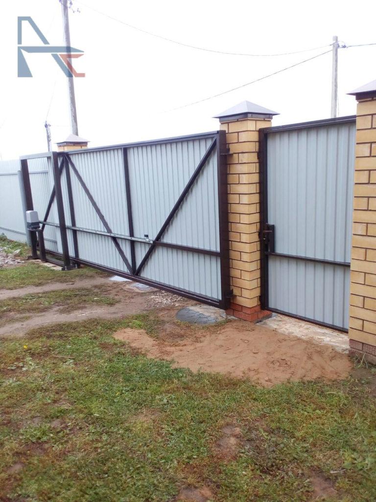 откатные-ворота-очищенные9-768x1024